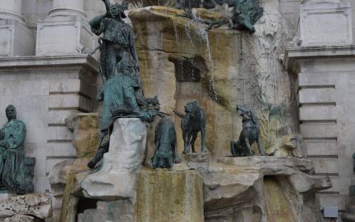 Matthias Fountain in Castle